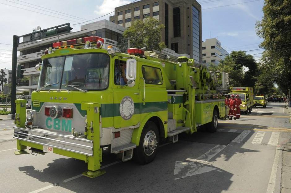Las unidades de los Bomberos Municipales encuentran con mucha frecuencia complicaciones en el tránsito cuando se dirigen a atender una emergencia. (Foto: Bomberos Municipales)