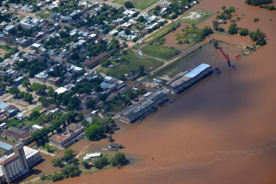 Vista general aérea de inundaciones en Paysandú (Uruguay). (Foto: EFE)