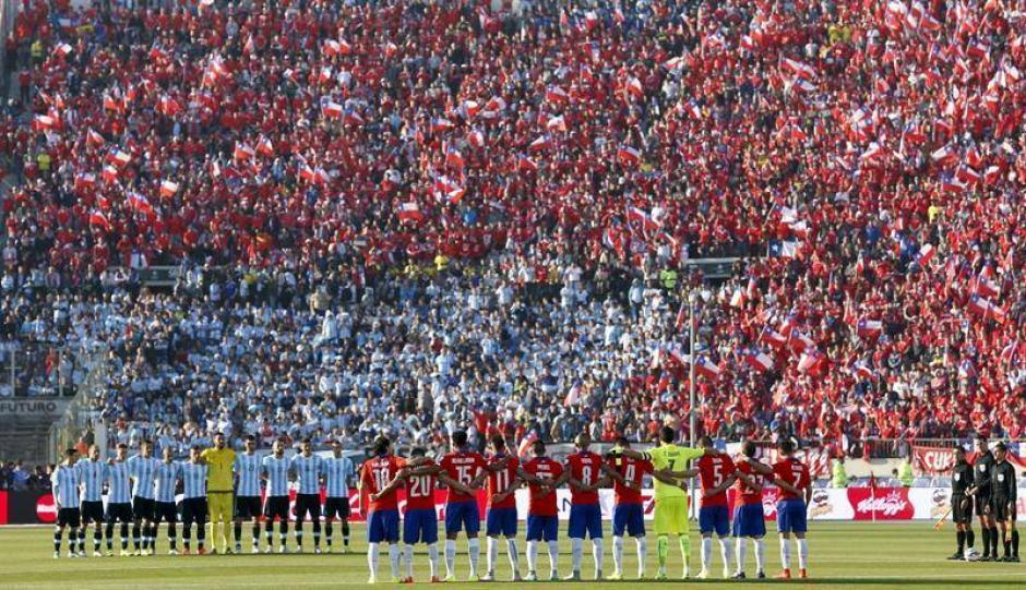 Impresionante marco en el estadio Nacional de Santiago de Chile, en la gran final de la Copa América 2015. (Foto: EFE)