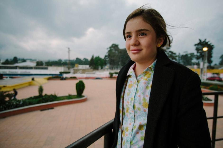 """La niña Stephany Ortiz es parte del elenco del cortometraje """"Necrosis Política"""". (Foto: Gerson Cifuentes)"""