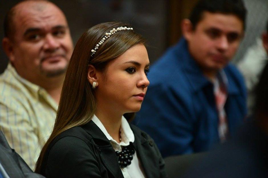 La esposa de Byron Lima, Alejandra Saraí Reyes Ochoa, es otra de las implicadas en el caso de traslados ilegales en el Sistema Penitenciario. (Foto: Wilder López/Soy502)