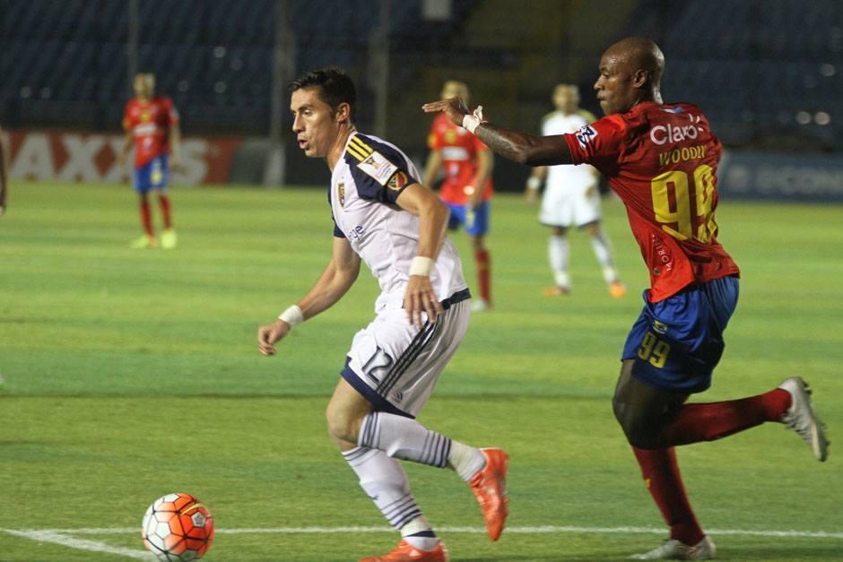 Enoc Vásquez ha jugado con dos equipos en el exterior. Con Dorados de Sinaloa, en México, y con el Real Salt Lake, de la MLS, de Estados Unidos. (Foto: Archivo)