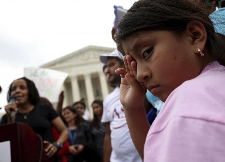 La comunidad migrante recibió un golpe del Tribunal Supremo. (Foto: EFE)