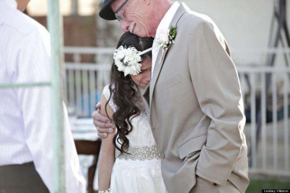 Josie y su padre compartieron momentos emotivos durante la celebración.(Foto: Josie Natzic)