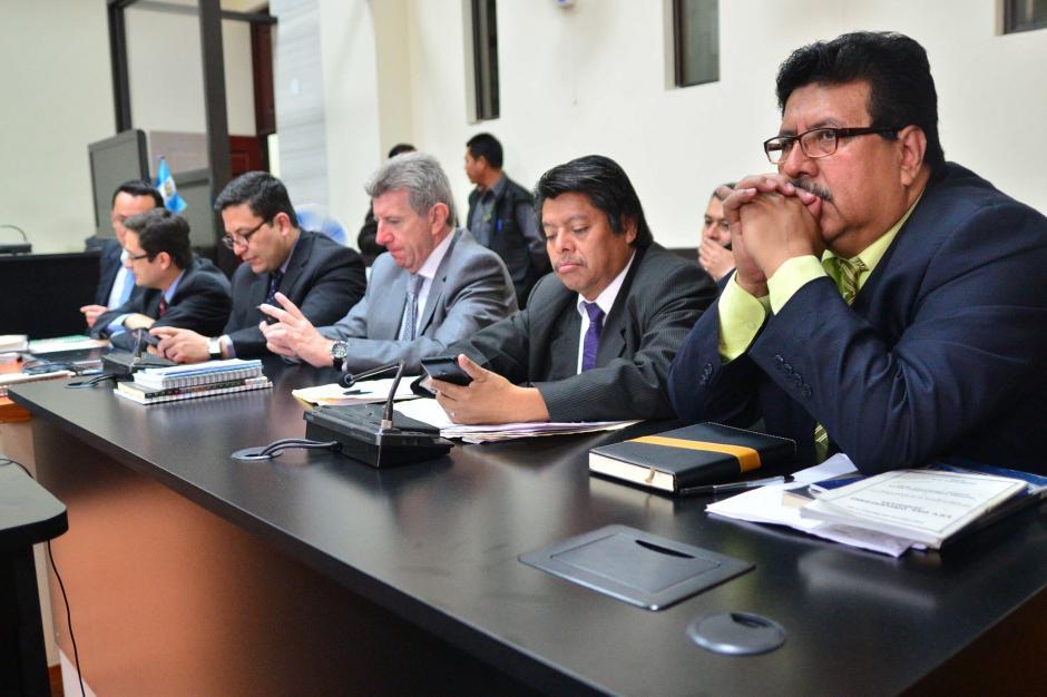"""El abogado de la PGN Domingo López, fue retirado de la sala de audiencias previo a que iniciara la declaración de Salvador González """"Eco"""". (Foto: Archivo/Soy502)"""