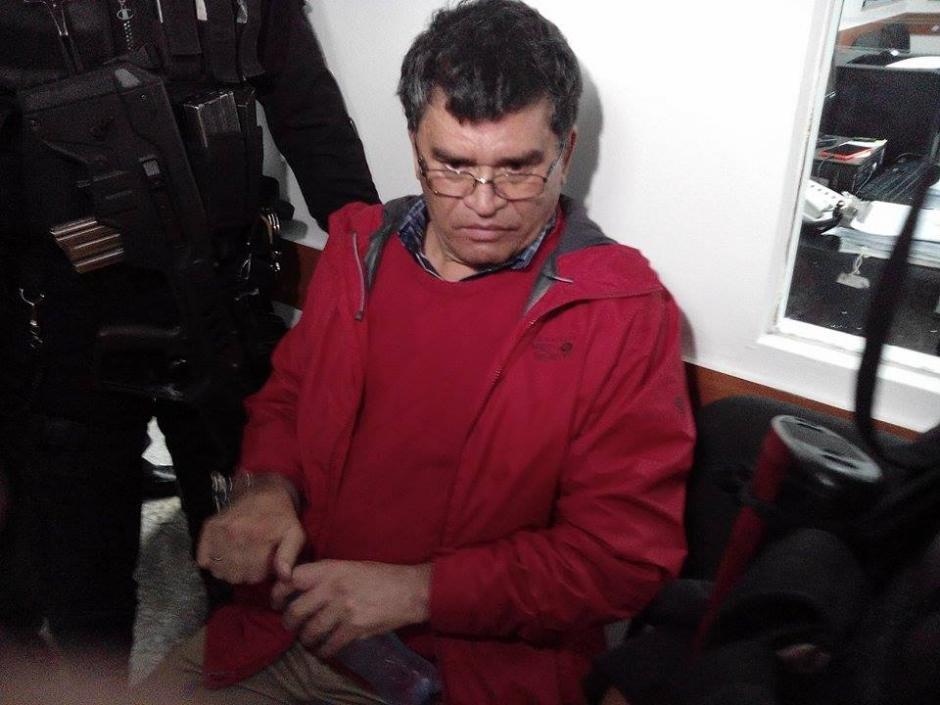 Capturan al alcalde de Chinautla, Arnoldo Medrano, sindicado de lavado de dinero, peculado y uso de documentos falsificados. (Foto: Alejandro Balán/Soy502)