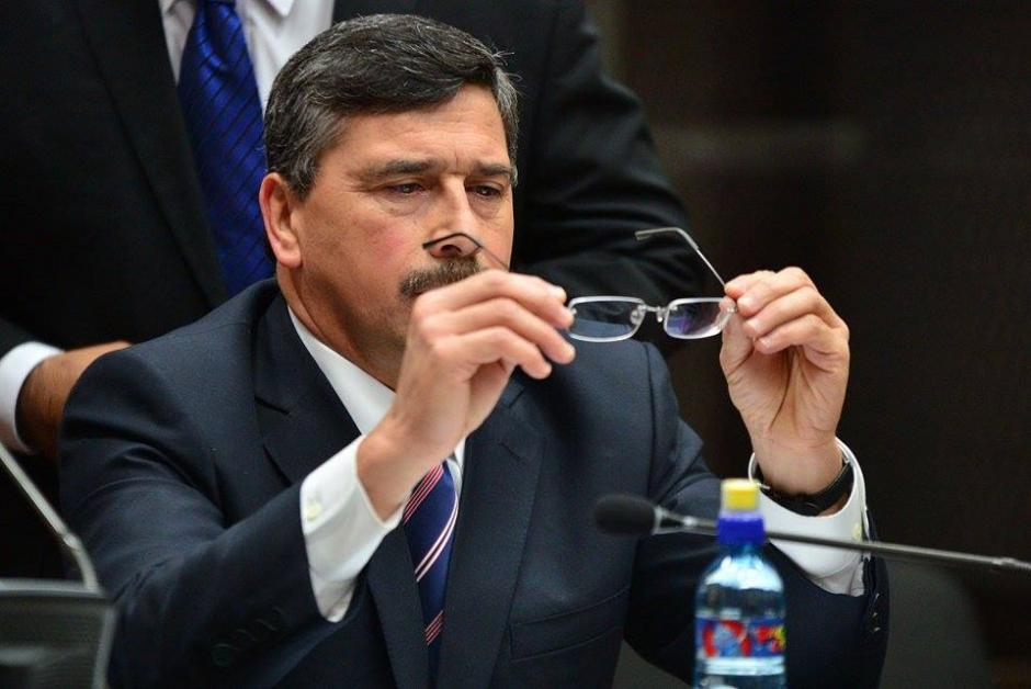 El exvicepresidenciable del Partido Lider, Édgar Barquín, rinde su primera declaración por un caso de lavado de dinero y tráfico de influencias. (Foto: Wilder López /Soy502)