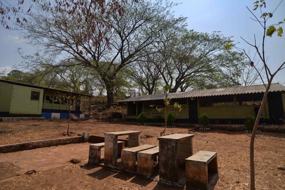 Esta es la Escuela Oficial Rural de la Aldea Las Marías, donde ocurrió el asesinato. (Foto: Wilder López/Soy502)