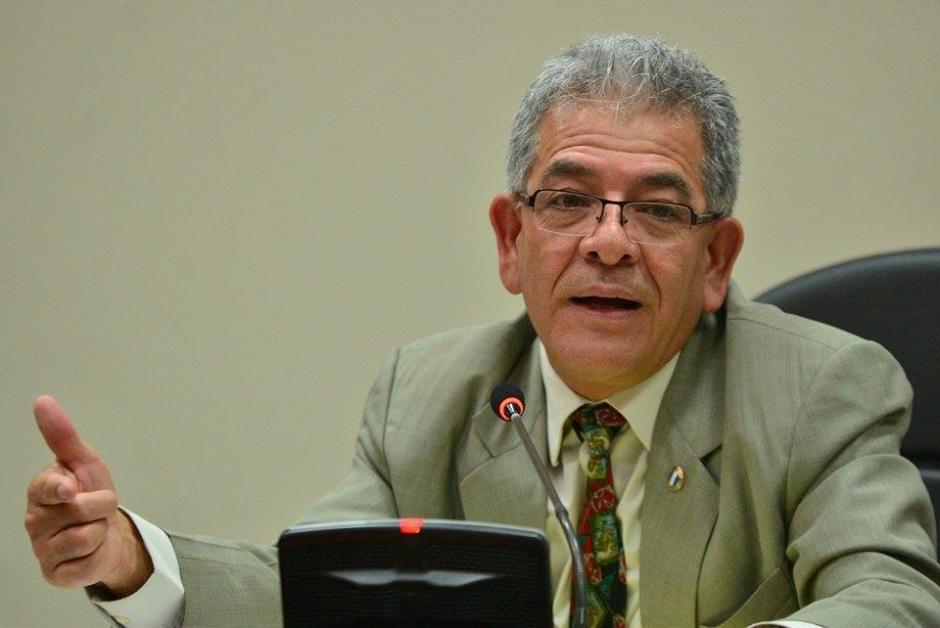 """El juez de Mayor Riesgo """"B"""", Miguel Ángel Gálvez, durante la audiencia de primera declaración del excandidato a vicepresidente por el partido Lider, Édgar Barquín. (Foto: Wilder López/Soy502)"""