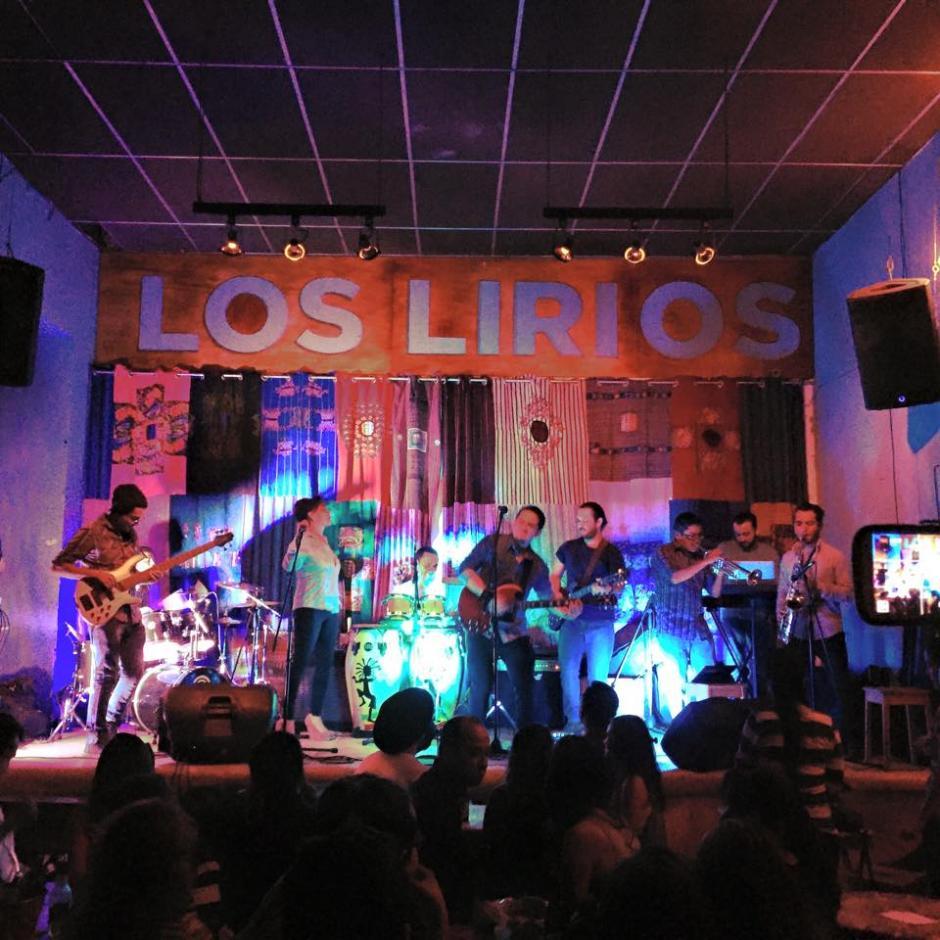 Los jueves en Los Lirios era el Día Nacional en el que un artista local se presentaba ante el público. (Foto: Los Lirios)