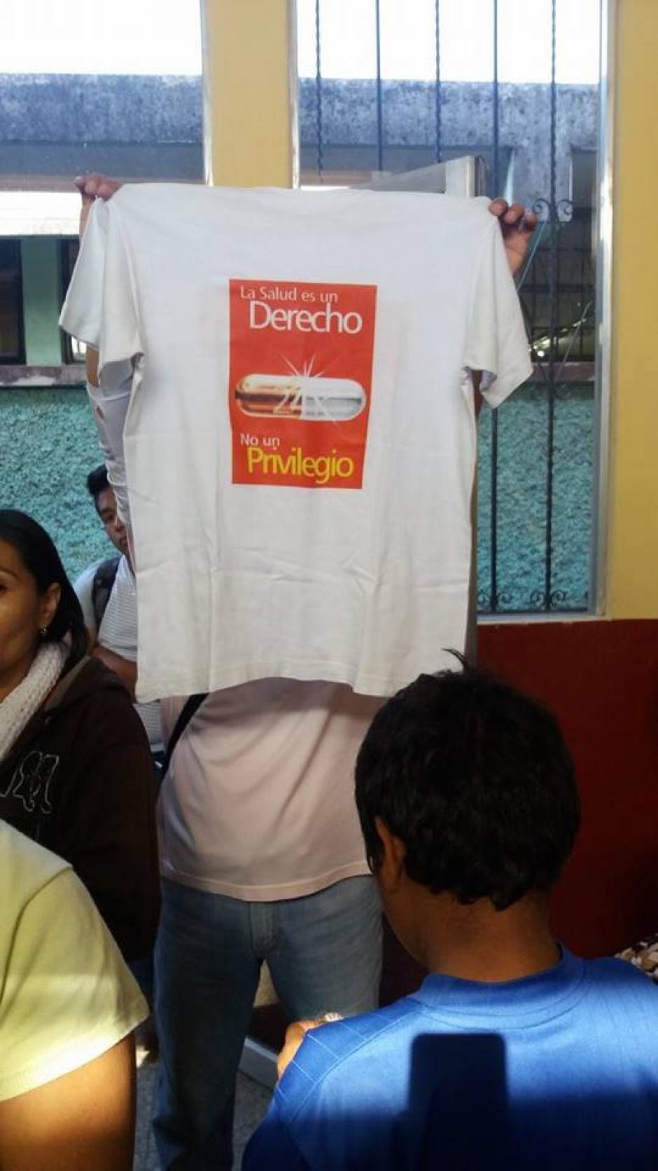 Cierre de consulta externa del Hospital Nacional de Amatitlán provoca molestia en pacientes que no reciben atención médica. (Foto:Pampichi News Amatitlán)