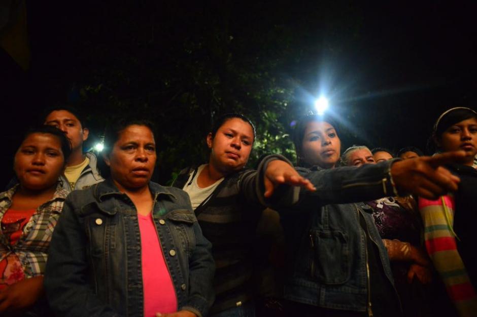 Personas que se encuentran en los albergues temporales acudieron para participar en la actividad. (Foto: Jesús Alfonso/So502)