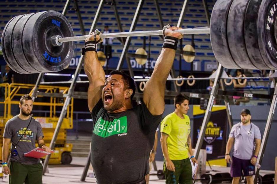 El guatemalteco Joel Bran mostrando su poder con la pesas. (Foto: Joel Bran)