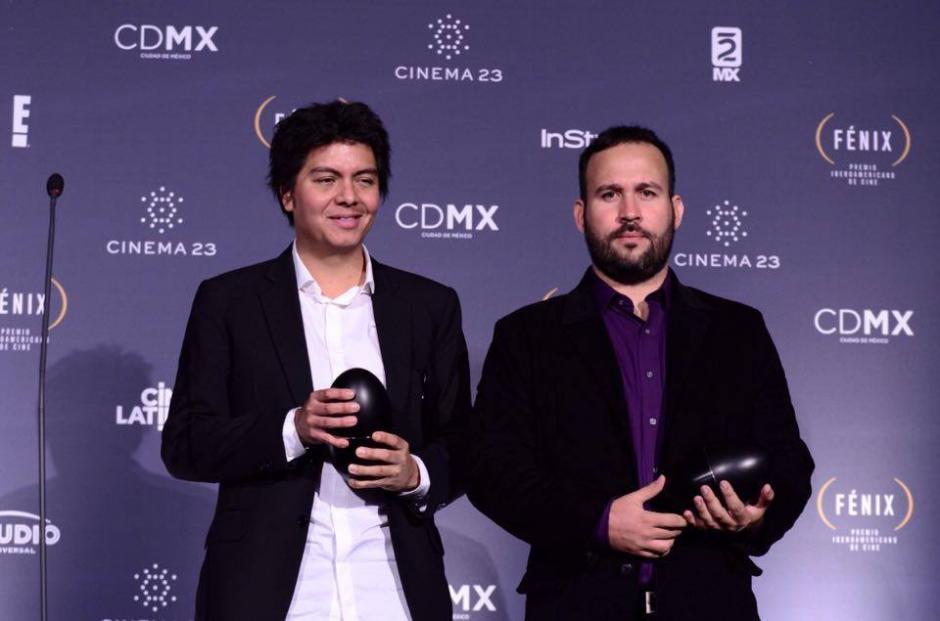 """Carlos García y Marco Salaverría, ganadores en la categoría """"Mejor Sonido"""" por la película """"El Abrazo de la Serpiente"""". (Foto: Selene Mejía/Soy502)"""