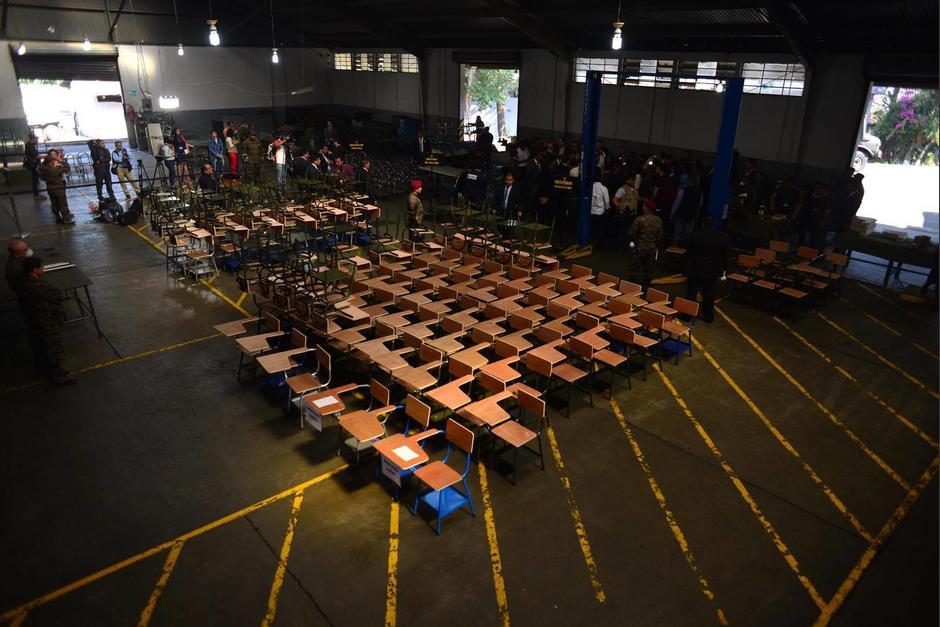 El Ejército de Guatemala espera fabricar más de 23 mil pupitres. (Foto: Jesús Alfonso/Soy502)