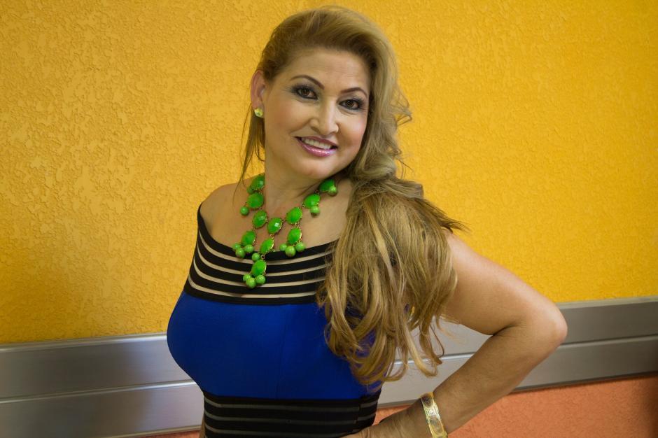 Uno de los principales objetivos de Paula es apoyar a la juventud y a la educación. (Foto: Facebook Paula Medrano de Martínez)