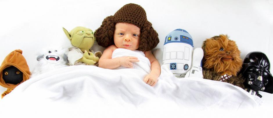 La fiebre de Star Wars invade las redes sociales. (Facebook/Adam Khaldi)