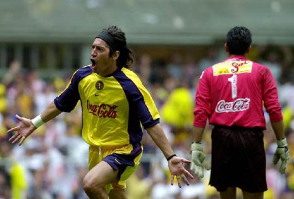 Iván Zamorano es una de las últimas grandes estrellas del Club América. (Foto: Twitter)