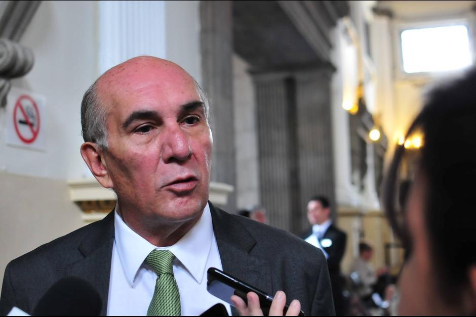 Mario Taracena, presidente del Congreso, dijo que propondrá que los diputados desaforen a Luis Rabbé este martes. (Foto: Archivo/Soy502)