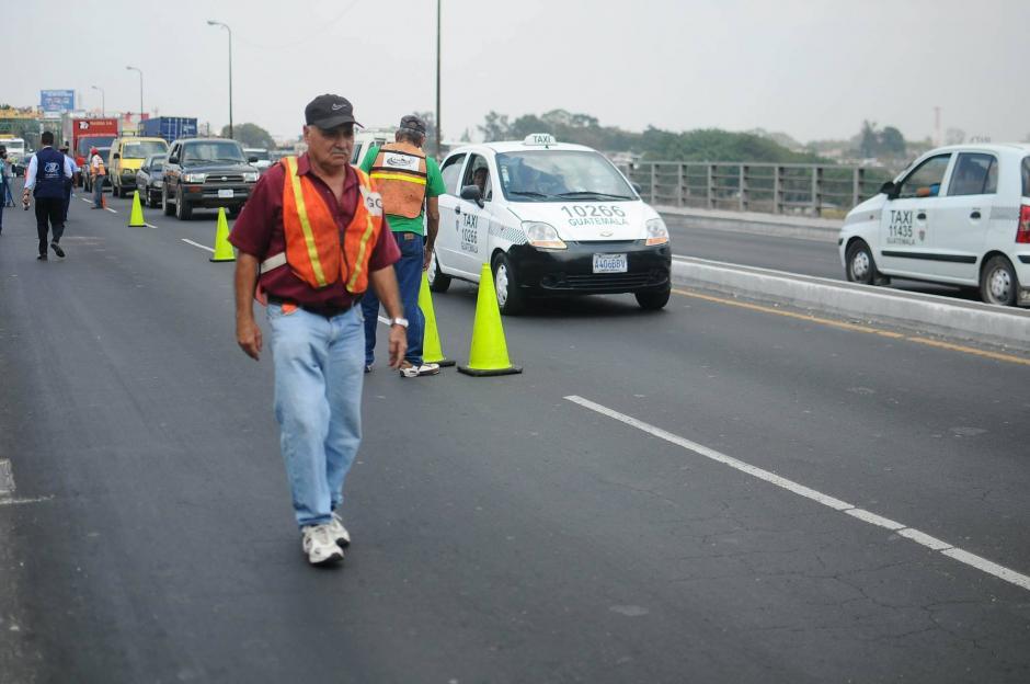 Ingenieros del CIV están presentes en la evaluación. (Foto: Alejandro Balán/Soy502)