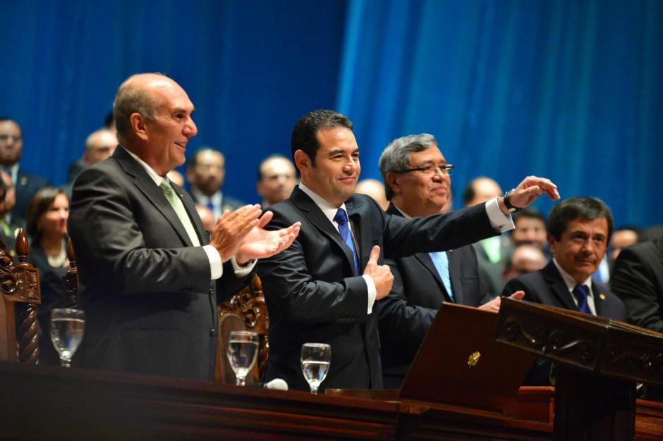 El presidente de la República Jimmy Morales durante la toma de posesión en la Gran Sala del Centro Cultural Miguel Ángel Asturias. (Foto: Wilder López/Soy502)