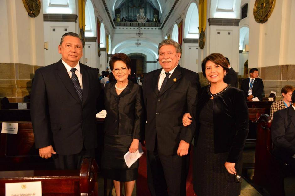 Decenas de invitados asistieron a Catedral Metropolitana para participar en la ceremonia de acción de gracias. (Foto: Jesús Alfonso/Soy502)