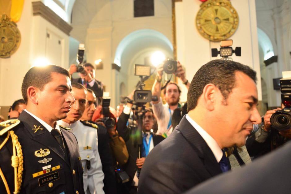 Jimmy Morales durante su ingreso a Catedral Metropolitana donde participó en el Te Deum católico, también habrá uno evangélico. (Foto: Jesús Alfonso/Soy502)