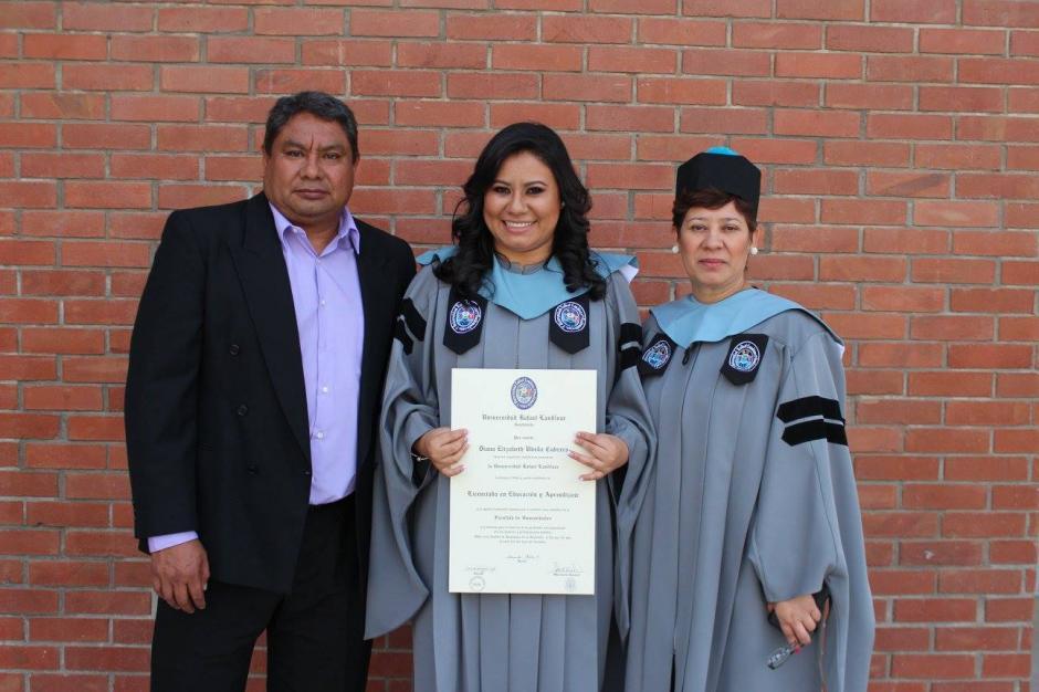 Sus padres son su inspiración para alcanzar sus metas. (Foto Diana Ubeda Cabrera)