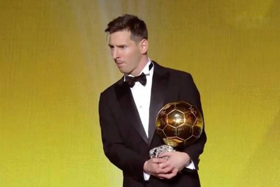 Con 28 años, Messi ganó su quinto Balón de Oro, que lo acredita como el mejor jugador del mundo.(Foto: EFE)