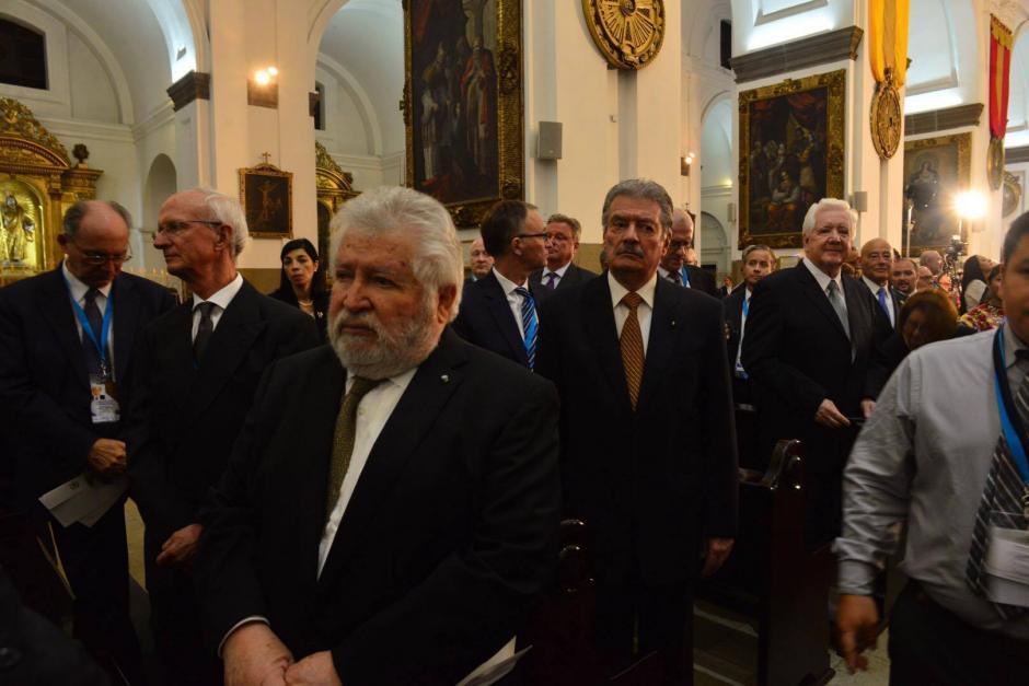 El ex vicepresidente Juan Francisco Reyes López, asistió tanto en Teatro Nacional como en Catedral Metropolitana durante los actos de toma de posesión del presidente Jimmy Morales. (Foto: Jesús Alfonso/Soy502)