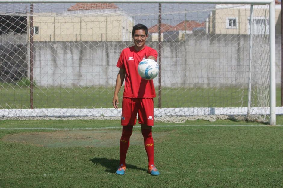 Kevin Ávila sería el debutante de Municipal en el duelo frente a la Universidad de San Carlos en el inicio del torneo Clausura 2016. (Foto: Kevin Ávila)
