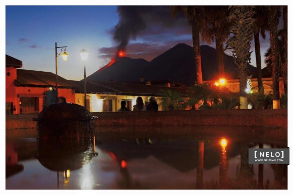 Nelo Mijangos tomó esta instantánea desde Antigua Guatemala en la que se ve la resplandeciente lengua de lava que sale del Volcán de Fuego. (Foto: Nelo Mijangos- www.nelmh.com)