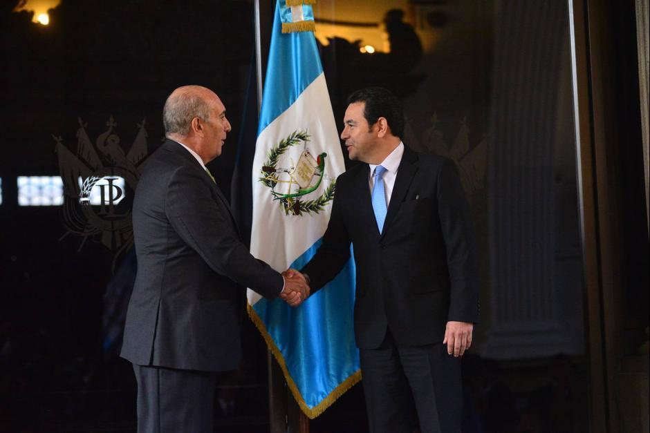Jimmy Morales espera que los diputados autoricen la emisión de bonos del tesoro. (Foto: Jesús Alfonso/ Soy502)