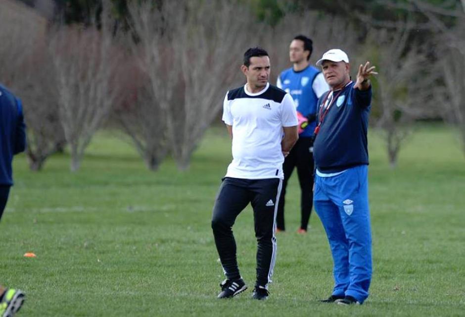 Luis Swisher colaboró con Walter Claverí cuando la Selección estuvo en Estados Unidos por la eliminatoria. (Foto: Twitter)