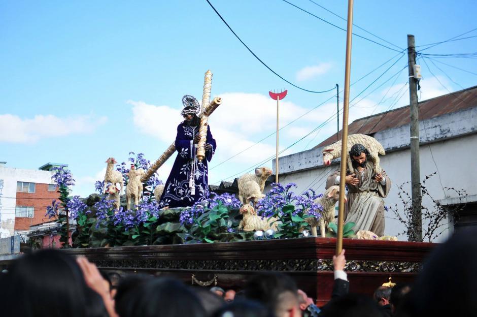 Es la primera procesión de Cuaresma. (Foto: Alejandro Balan/Soy502)