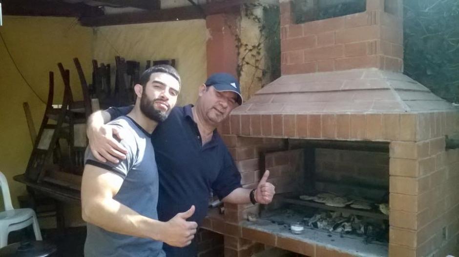 Héctor tenía un gusto por la cocina y las actividades en familia. (Foto: Facebook/Elizabeth Ávalos)