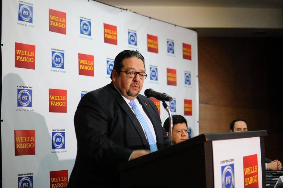 Daniel Ayala prevé que el volumen de remesas seguirá creciendo en 2016.  (Foto: Alejandro Balán/Soy502)