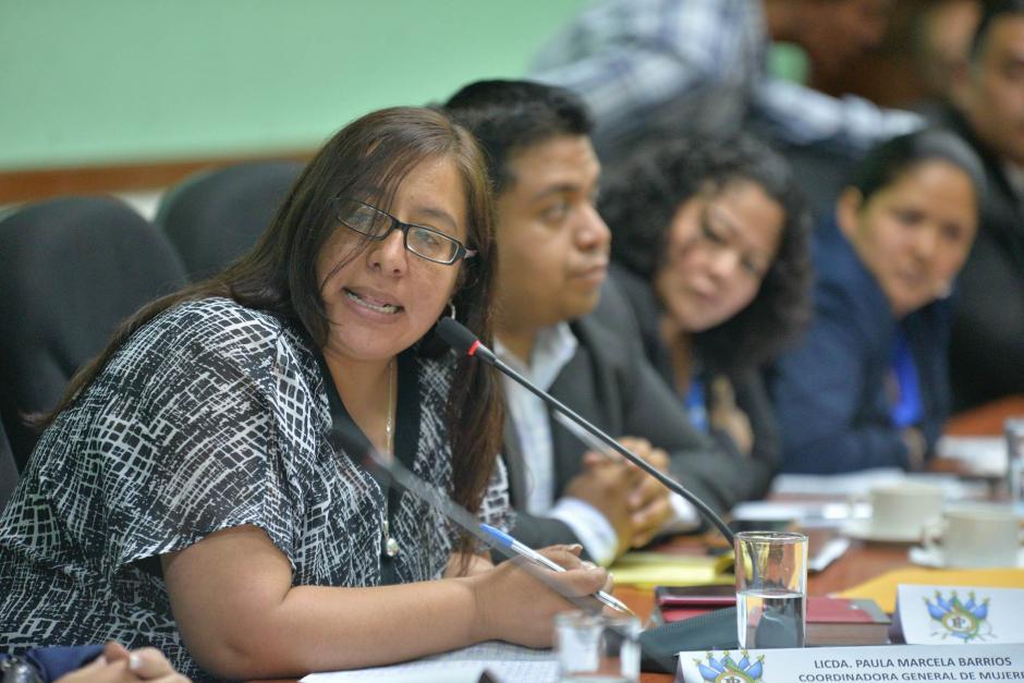 La abogada Paula Marcela Barrios fue invitada para exponer en el caso. (Foto: Wilder López/Soy502)