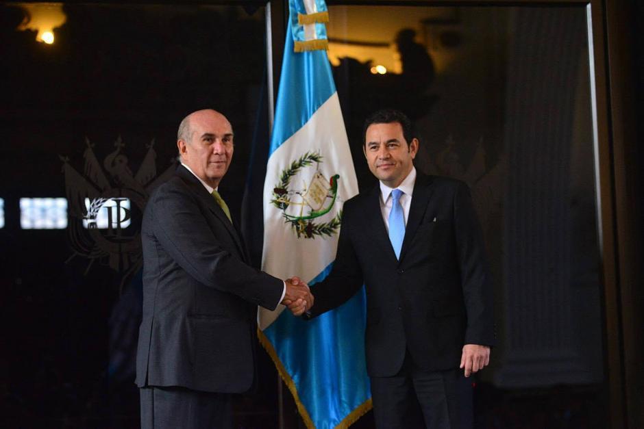 El presidente de la República Jimmy Morales y el presidente del Congreso, Mario Taracena se reunieron en el Palacio Legislativo. (Foto: Jesús Alfonso/ Soy502)