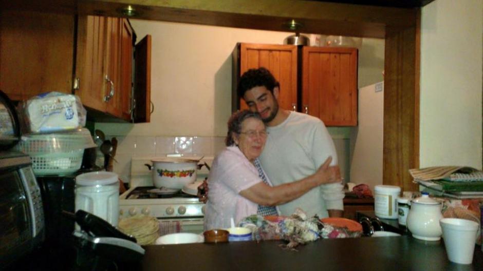 La cocina era una de las actividades favoritas de Héctor Ávalos. (Foto: Facebook/Elizabeth Ávalos)
