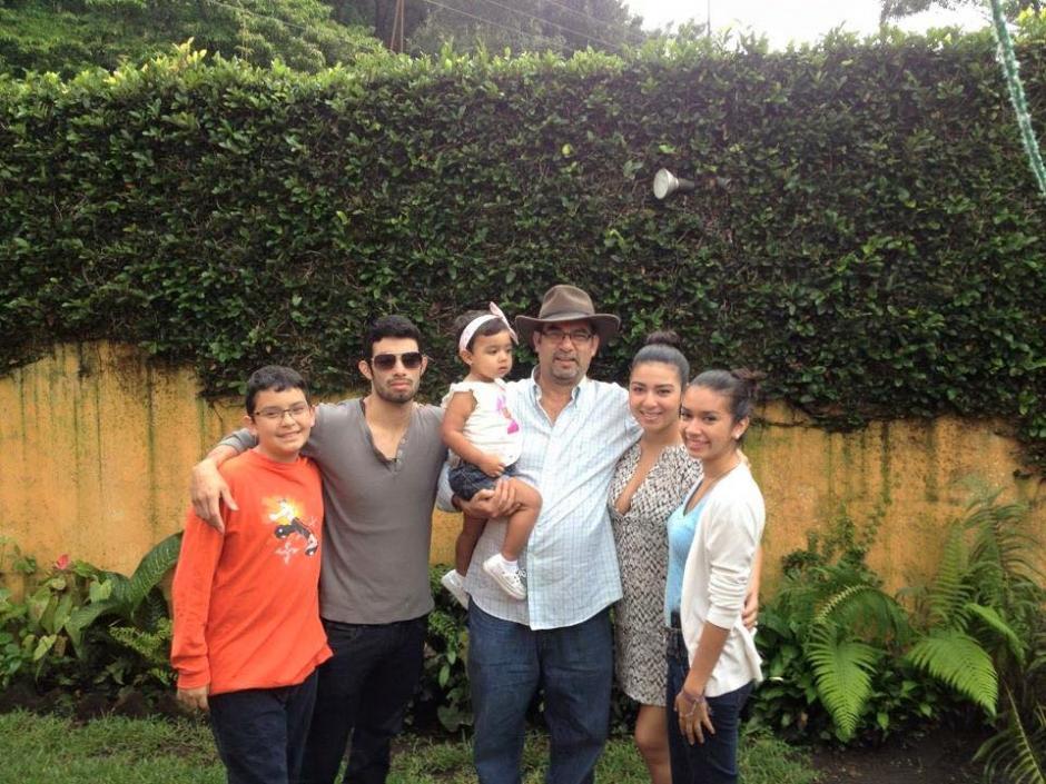 La familia Ávalos buscó a Héctor incansablemente desde su desaparición. (Foto: Facebook/Elizabeth Ávalos)