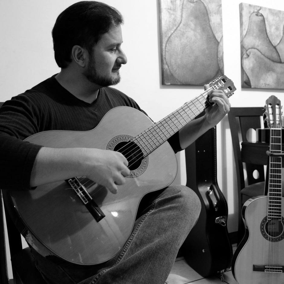En el concurso participan más de 100 guitarristas de todas partes del mundo. (Foto: Facebook, José Luis Lemus)