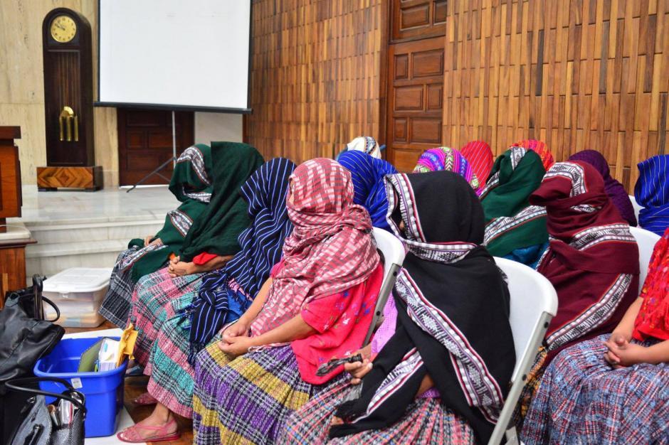 Este lunes continuó el juicio por el caso Sepur Zarco, en el que varias mujeres fueron víctimas de abusos sexuales y domésticos. (Foto: Jesús Alfonso)
