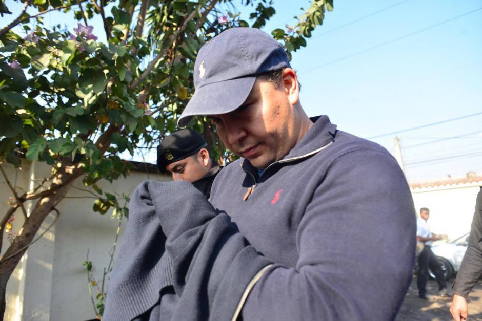 Otro de los capturados es Allan Franco de León, sindicado de los delitos de asociación ilícita y fraude. (Foto: Jesús Alfonso/ Soy502)