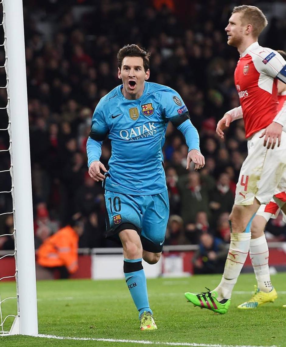 El festejo de Leo frente al Arsenal. (Foto: EFE)