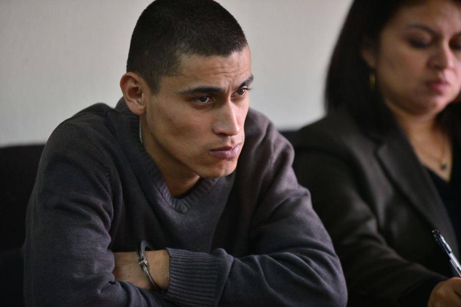 """Lester Antonio Santos Monterroso, durante el primer día del segundo juicio en su contra, el MP lo señala como """"el tirador"""" habría sido contratado para darle muerte al Chef Humberto. (Foto: Wilder López/Soy502)"""