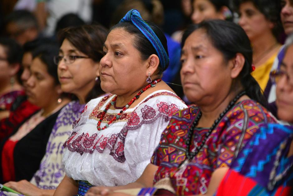 La Premio Nóbel de la Paz, Rigoberta Menchú estuvo presente durante la sentecia por el caso Sepur Zarco. (Foto: Wilder López/Soy502)