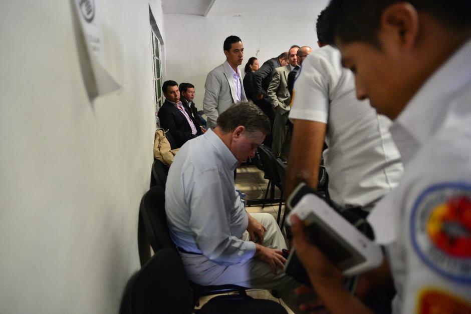Fue necesaria la intervención de los bomberos para determinar si Roitman realmente enfermaba. (Foto: Wilder López/Soy502)
