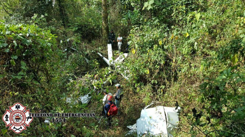 La avioneta impactó en las faldas del Volcán de Agua. (Foto: Bomberos Municipales Departamentales)