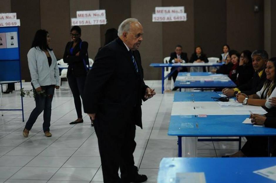 El exconcejal de la Municipalidad de Guatemala, Julio Dougherty, compite con Fernández por una magistratura suplente en la CC. (Foto: Alejandro Balán/Soy502)